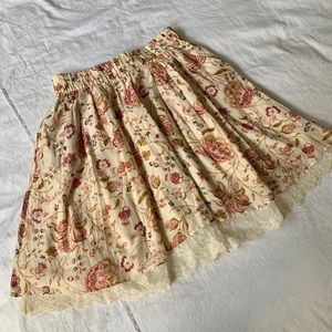 Zara floral skirt with lace